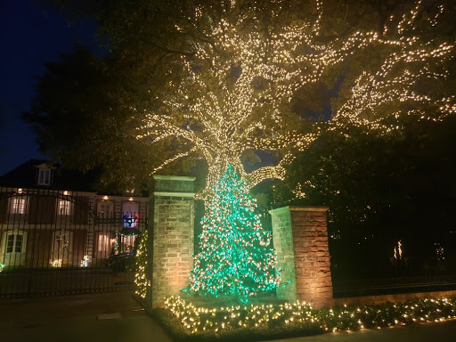 Extravagant lights on River Oaks Street on display now this season